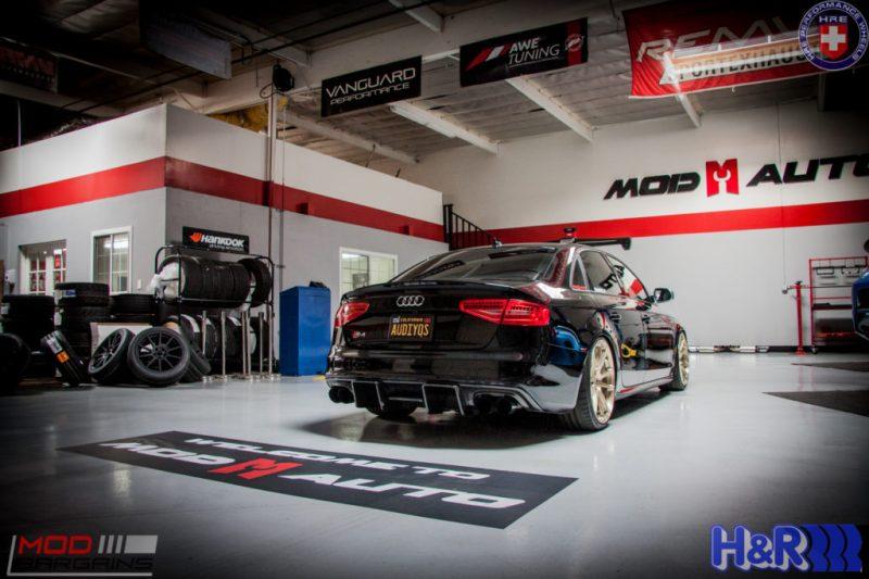 Audi_B85_S4_AudiYos_AWE_HRE_Enlaes_AP_Racing_BBK_Ernie-2