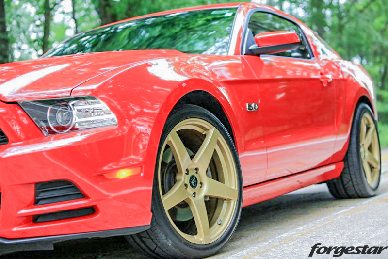 Ford_Mustang_GT_S197_Forgestar_CF5_RaceGold_20x9_20x105_nitto_255-45_295-35_img004