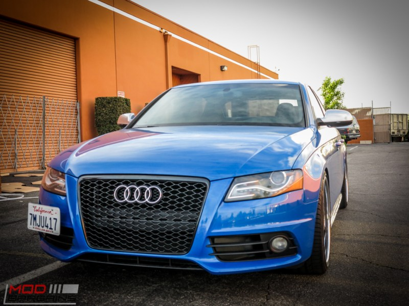Audi_B8_S4_SepangBlue_RS_Grille (2)