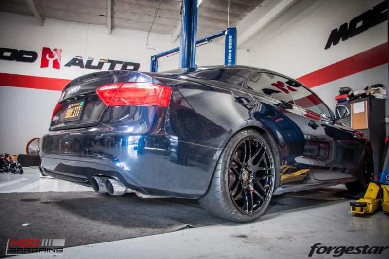 Audi_B8_S5_AWE_Forgestar_F14_Black_KW-15