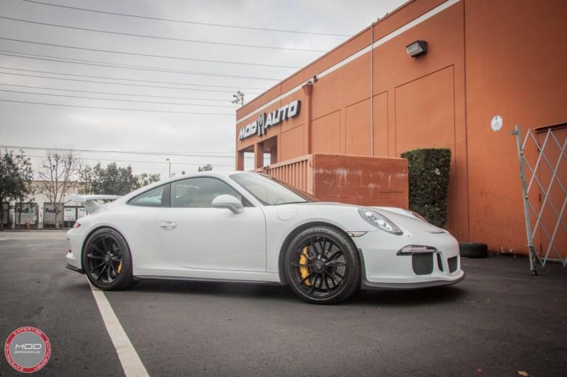 Porsche_911_GT3_991_Sharkwerkz_exh-1