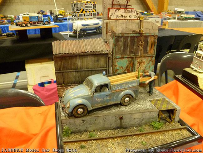 Dioramas At Jabbeke Model Car Show - Fun car show ideas