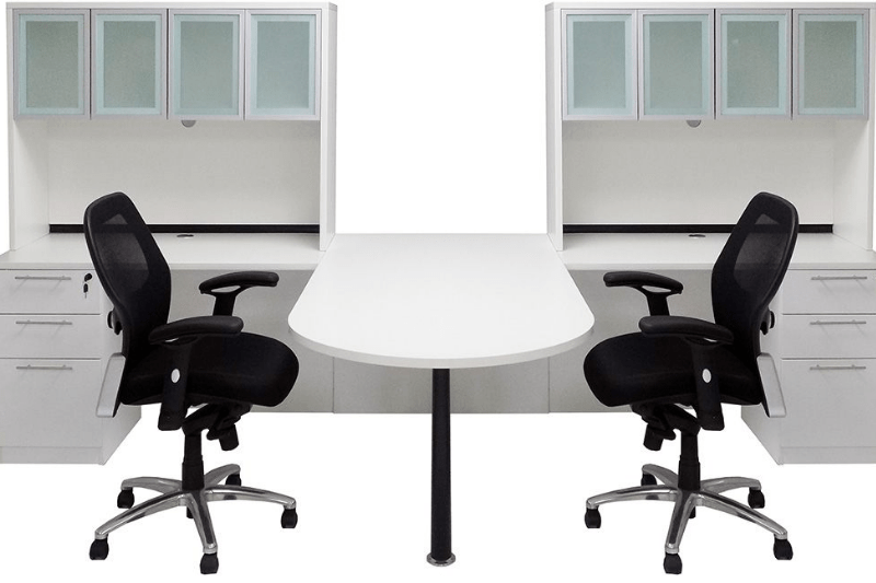 Shared workstation in white with hutches