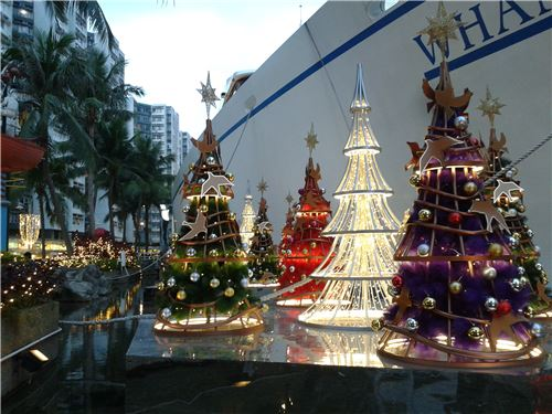 Beautiful Christmas trees in Whampoa Garden