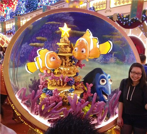 Finding Nemo Christmas theme with a fun underwater Christmas tree