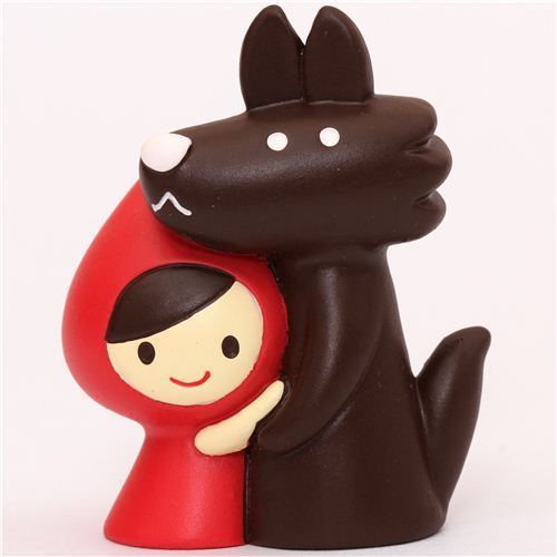 Little Red Riding Hood with wolf figurine Otogicco Decole