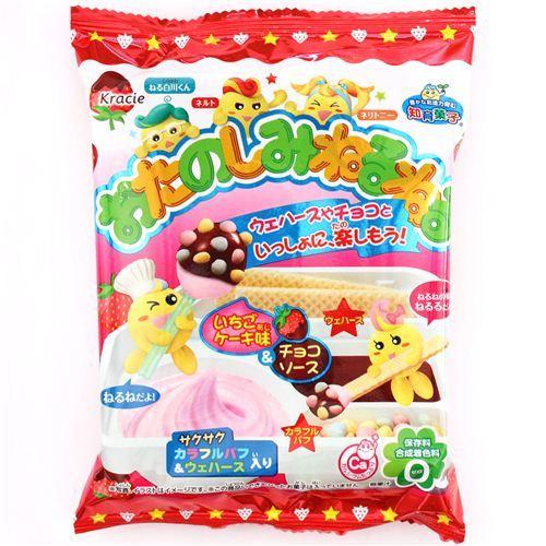 Neruneru Otanoshimi strawberry cake chocolate Popin' Cookin' DIY candy Kracie