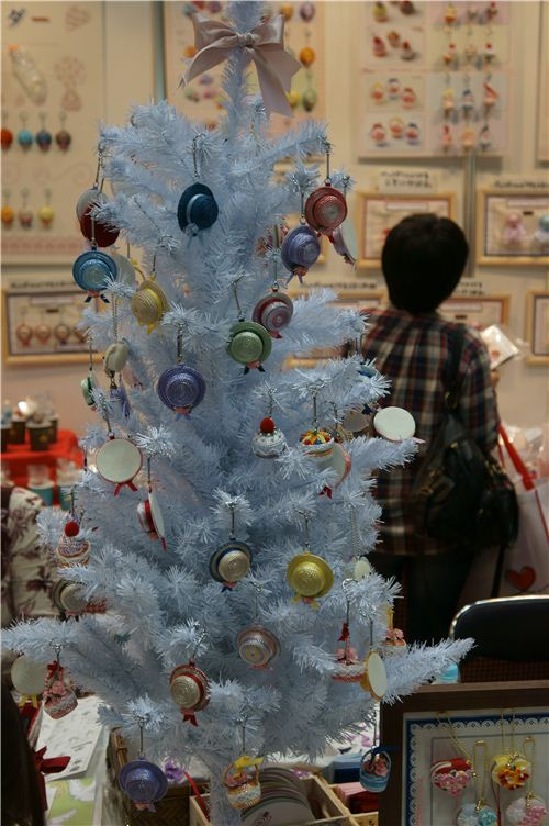 kawaii tree ornaments
