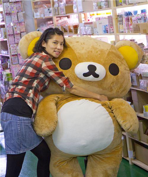 Jacqueline and Rilakkuma: A big hug for our office mascot