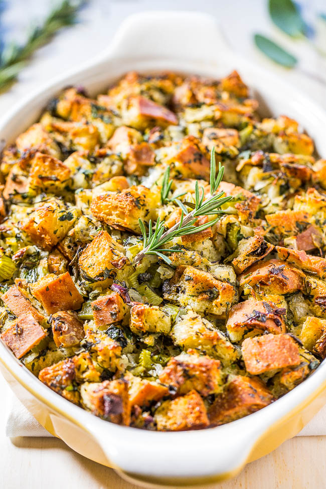 07-classic-traditional-thanksgiving-stuffing