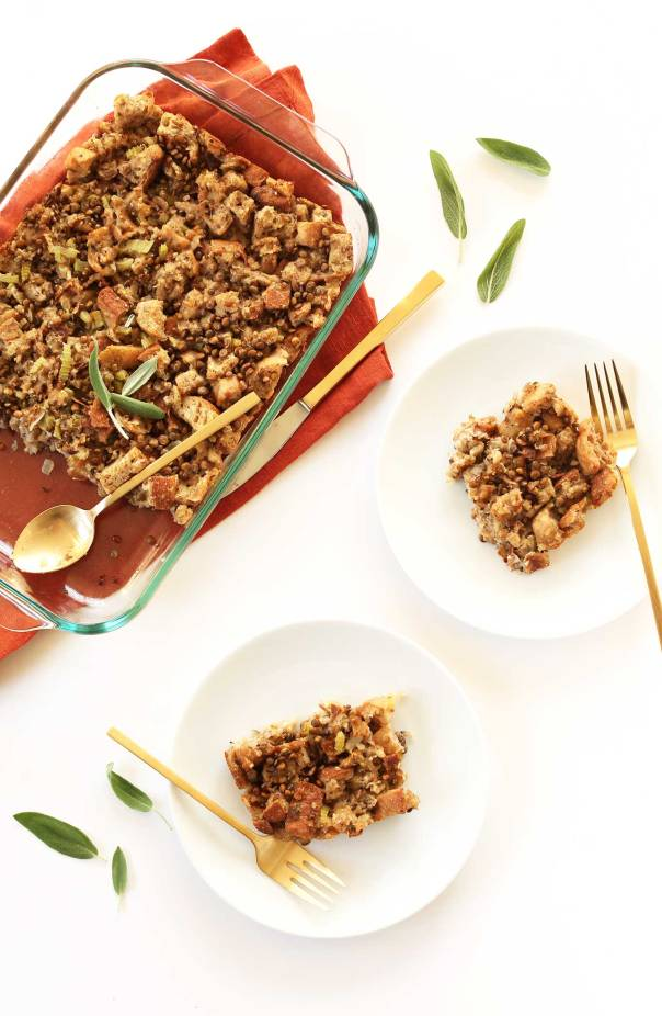 07-easy-vegan-stuffing-with-9-simple-ingredients-vegan-flavorful-hearty-and-so-delicious