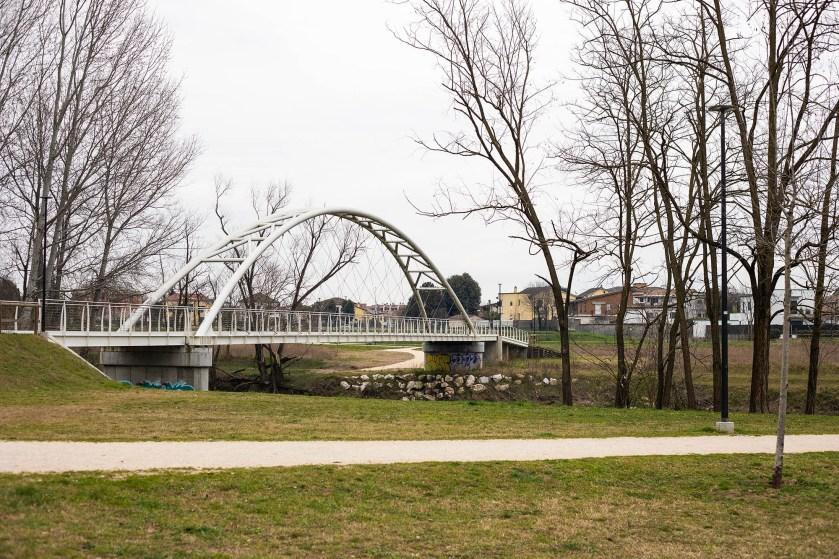 l ponte Bettinelli sul fiume Serio  a Crema (Cr)