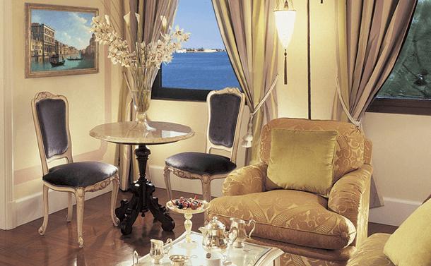 hotel-cipriani-decor