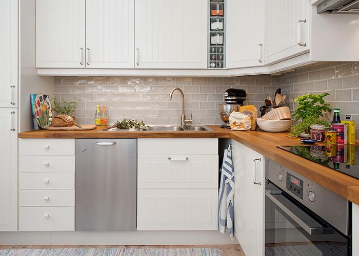 pias com tampo de madeira cozinha classica