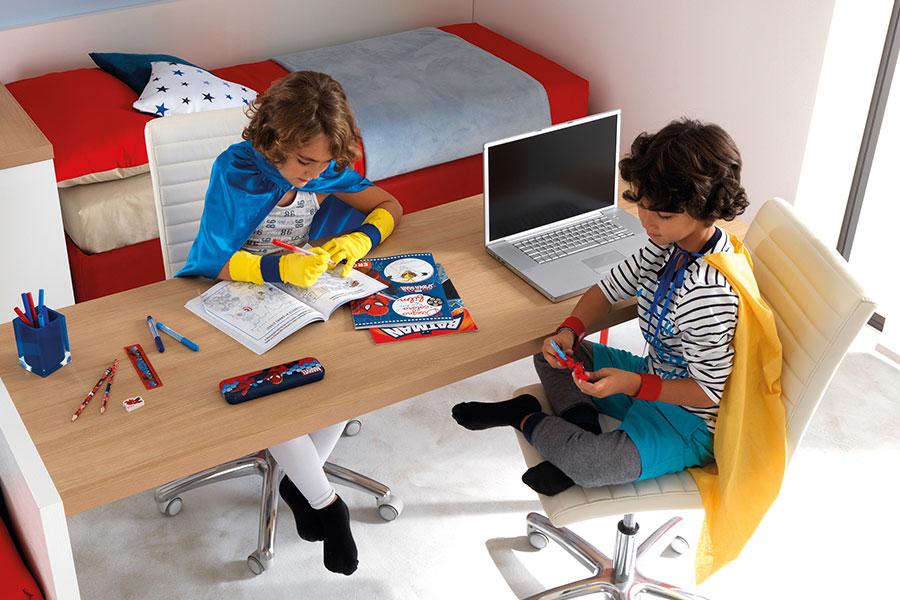 Ideale per scrivanie,camerette bambini,negozi ecc. Qual E La Scrivania Perfetta Per Una Cameretta Piccola Le Soluzioni Salvaspazio Di Moretti Compact