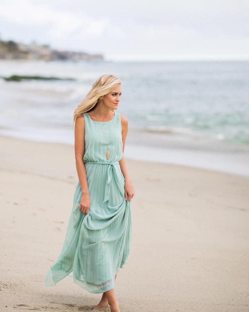 A beach sand and sunshine kind of gal  Shophellip