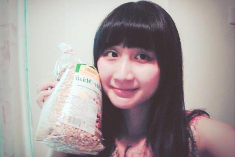 【 麥片女孩 Tracy 】德國 Viola 綜合水果穀片!讓我上學不遲到!