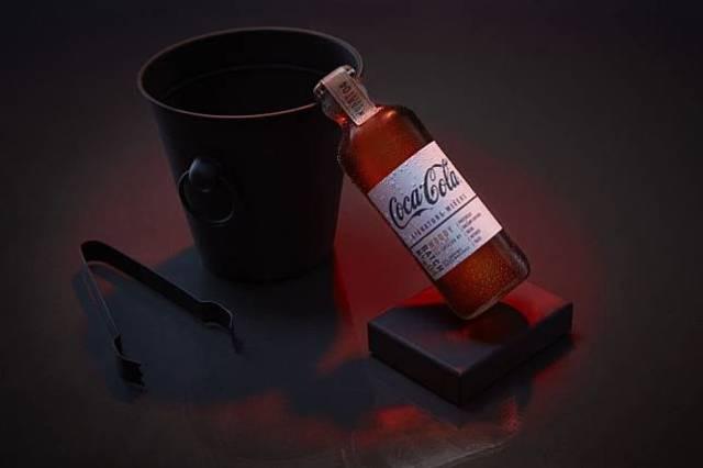 木質調風味的可樂調酒,是所有種類中最有趣的,聽說會有香蕉的味道。