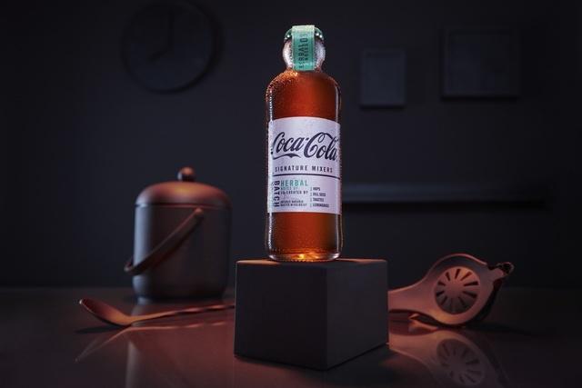 草本調風味可樂去調酒,跟蘭姆酒一起飲用,清爽適合入門者