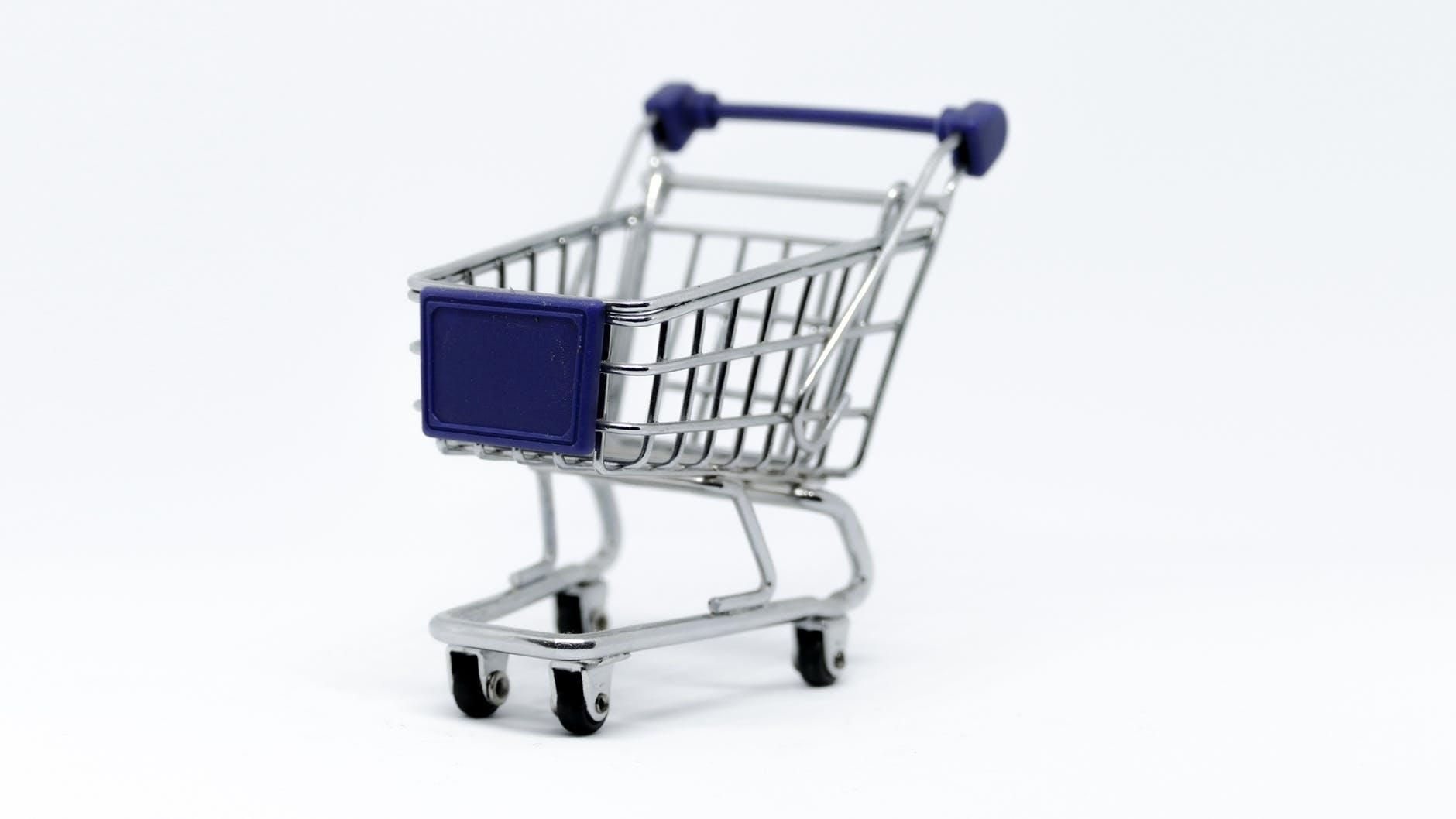 كيف تختار منصة التجارة الإلكترونية الأنسب لمتجرك؟