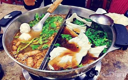 台南薑母鴨推薦!金帝元薑母鴨,滿滿羊小排與薑母鴨合而為一,禽獸鍋!