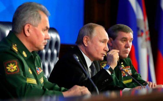 Poutine et militaires