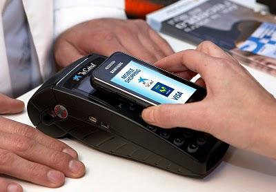 Pagar con el móvil se generalizará a finales de 2014.