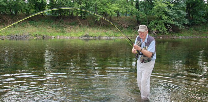 The Best Five Smallmouth Bass Flies for Summer Fly Fishing