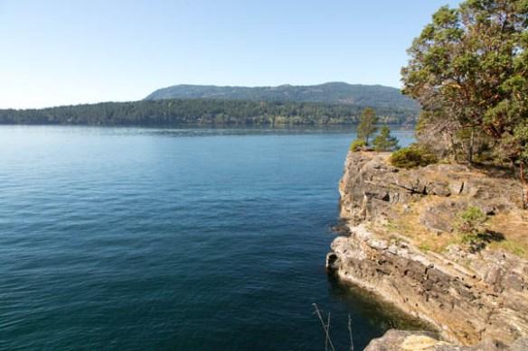 mv Archimedes Russell Island Cliffs