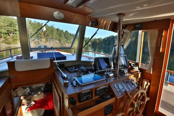 mv Archimedes inside anchored in James Bay