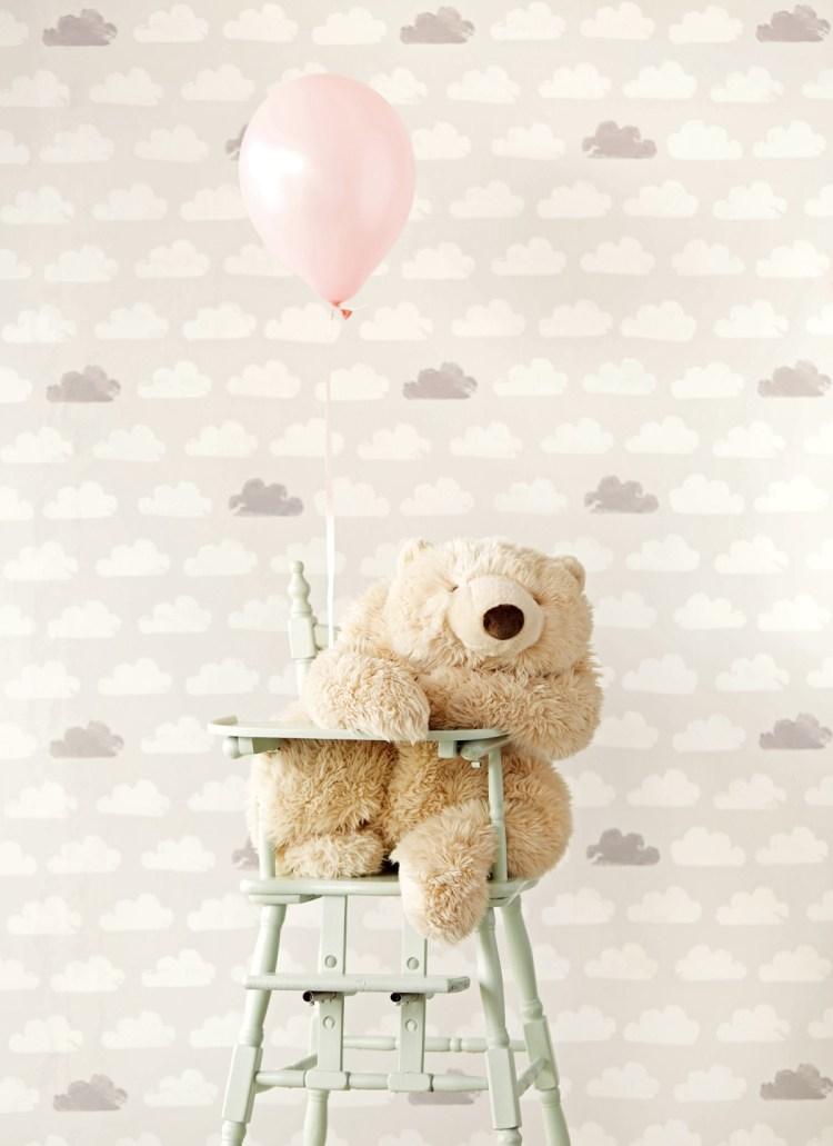 Eijffinger Babyzimmer Vliestapete mit Wolken in Grau & Cremeweiß