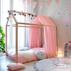 Fantasyroom Hausbett im rosa Kinderzimmer für Mädchen