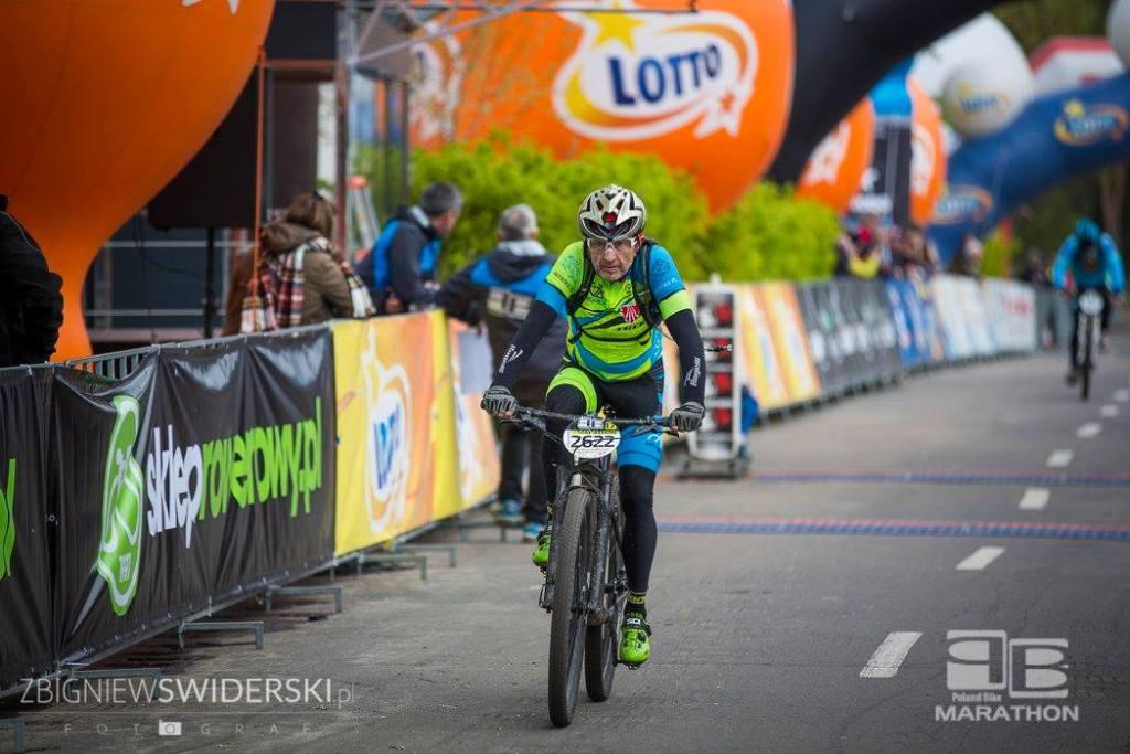 Krzysztof Mrożewski na mecie Poland Bike Marathon Legionowo