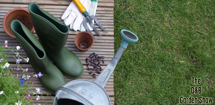 05102017_gardening-tools-and-grass