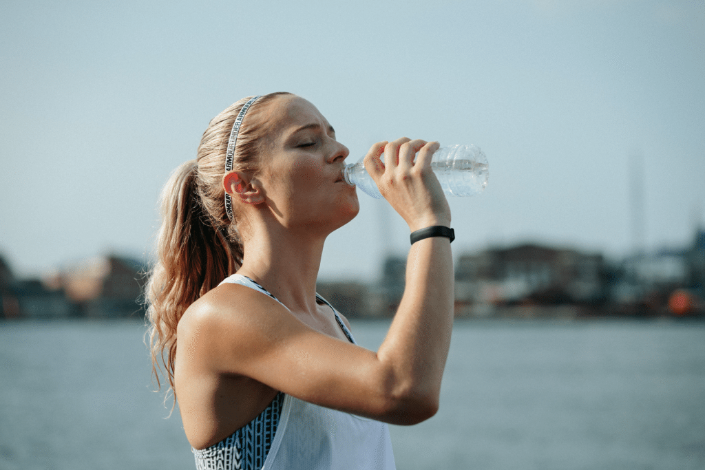 Science-Behind-Why-Water-is-Good-For-Weight-Loss