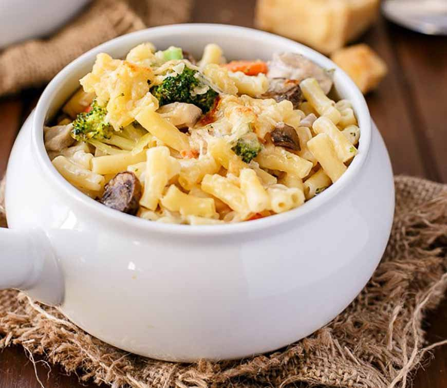 cafe-delitesCreamy-Chicken-and-Mushroom-Macaroni-Cheese-Cafe-Delites-41