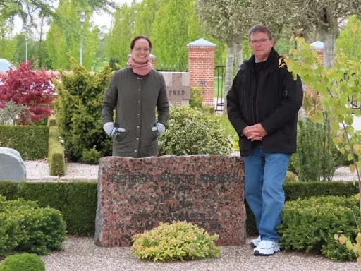 Steve and daughter Babs at family graves at Durup Kirke.