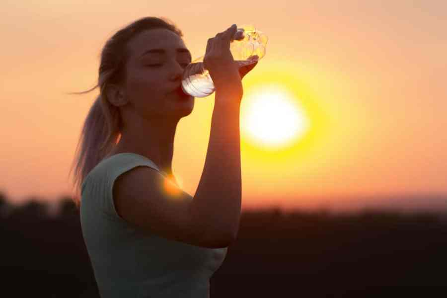 How much water should you drink a day and during walks?