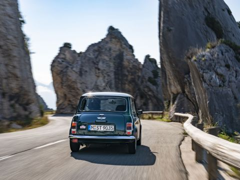 Unregistered 1990 Mini Cooper with 39 miles on the clock up for grabs