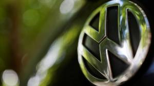 VW reaches $42 million settlement with U.S. owners over Takata airbags