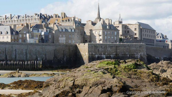 Saint Malo  the walled city  Travel Video Blog