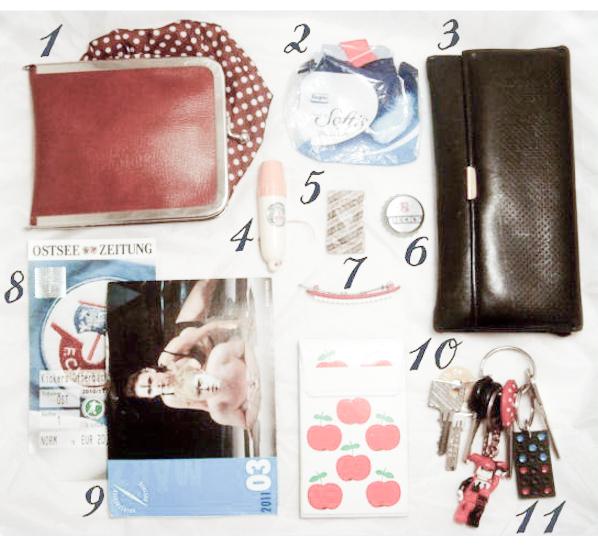 what's in my bag - via naehmarie.de