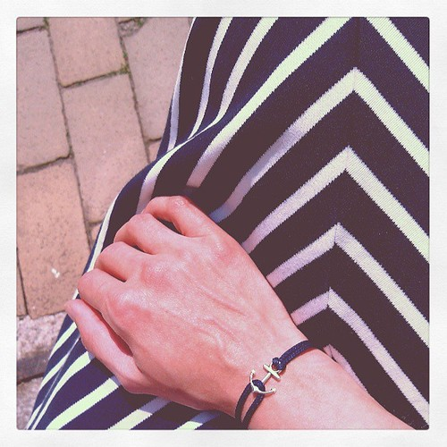 Ankermania - Schmales Armband mit silberfarbigem Anker