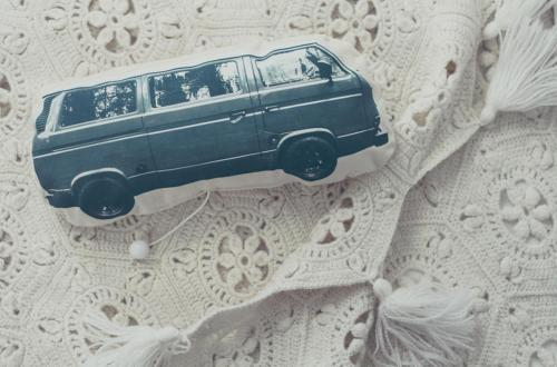 DIY Dream Car Pillow For Grown-Ups // Traumautokissen für Erwachsene via naehmarie.de
