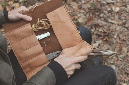 DIY Tool Roll Bag made from Leather