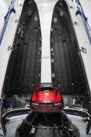 Tesla Roadster intégration