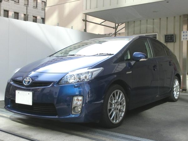 Prius001