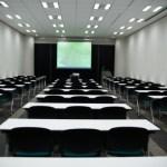 オンライン英会話 お昼に会社の会議室パターンはかなりいいかもしれない!