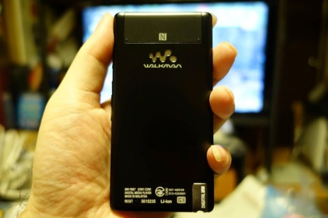 SONY WALKMAN NW F887 008