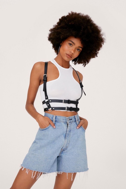Buckle body harness